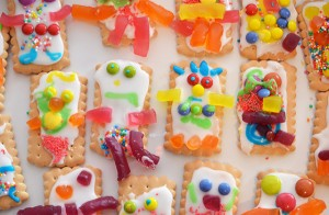 iced-biscuits-